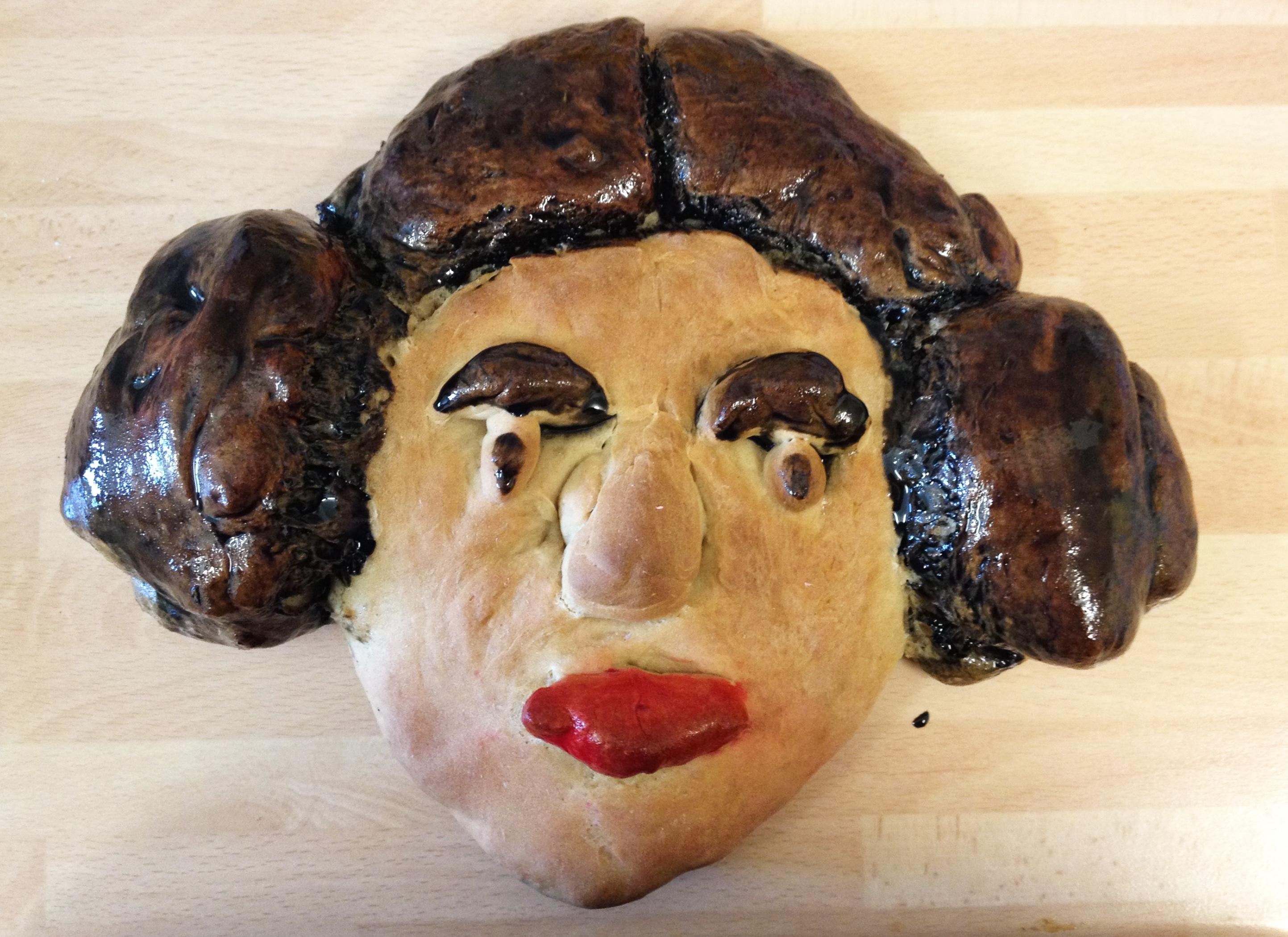 Item 165 - Bread Leia